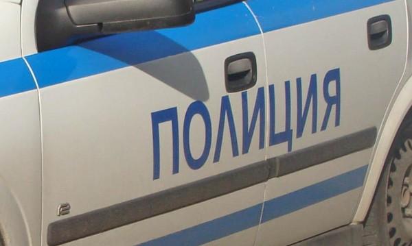 Счупено стъкло, брадва, закани за убийство... екшън в Оряхово