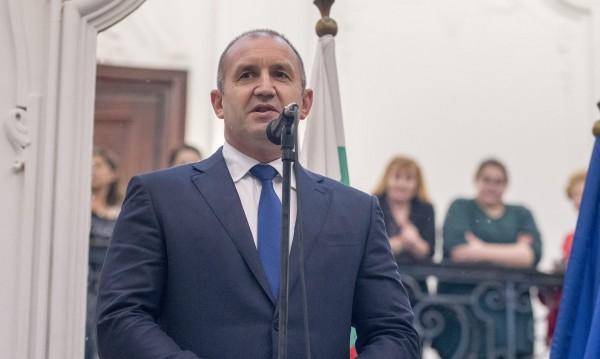 Радев наложи вето на текстове от Закона за приватизация