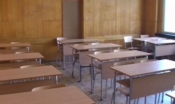 Закриват езиковата в Търговище - няма ученици
