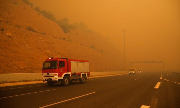 И българка е пострадала в пожара в Атина, в болница е!