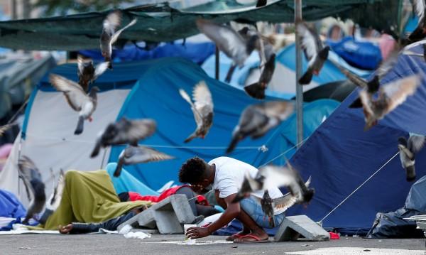 Италия ограничава услугите за кандидатите  за убежище