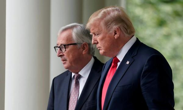 Европа отстъпи на Тръмп, спаси германските коли
