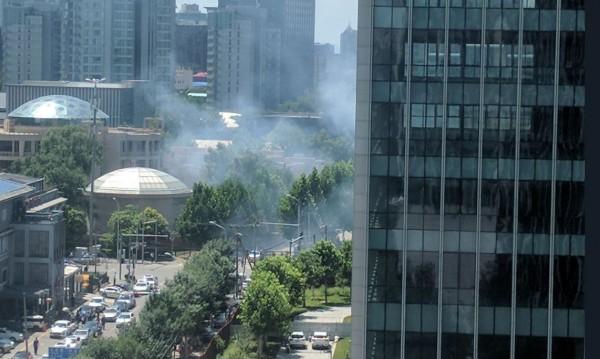 Инцидент в Китай: Взрив пред US посолството в Пекин?