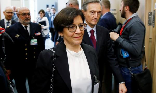 Италианска министърка се засмя на искане на Тръмп
