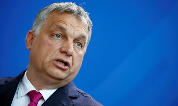 Орбан: Ако управлявах като Меркел, щяха да ме изгонят!