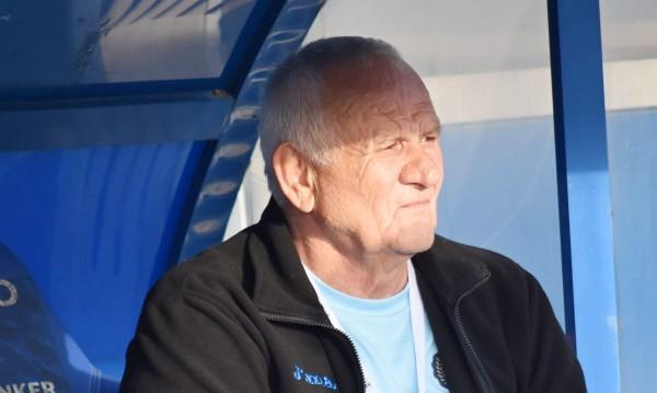 Люпко Петрович пожела успех на Стоянович в Левски