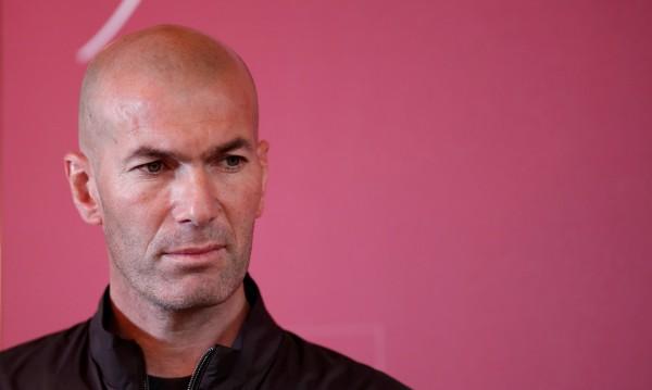 Изненада: Юнайтед може да смени Моуриньо със Зидан?