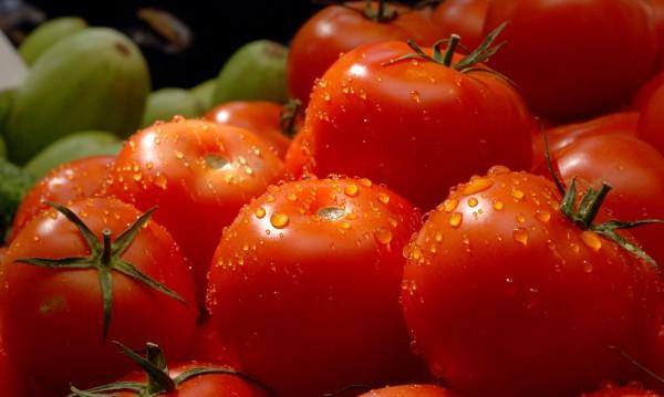 Дъждът вдига цените на зеленчуците. С колко?