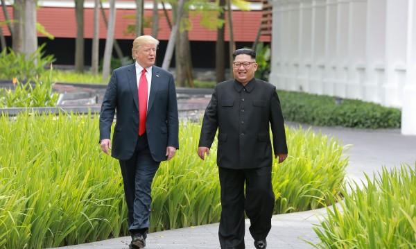 """Имате поща: Ким написал на Тръмп """"мило писмо"""""""