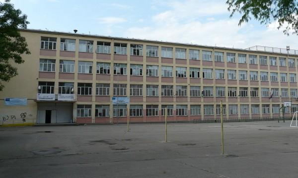 В гимназиите в София останаха 967 свободни места