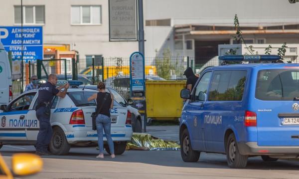 Млад мъж почина на автобусна спирка в София