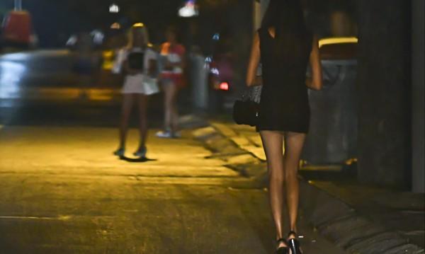 Елитна проститутка на морето припечелва €3 хил., за седмица!