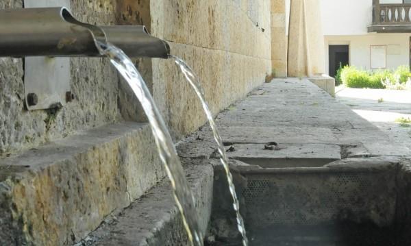 В разгара на туристическия сезон Поморие на сухо