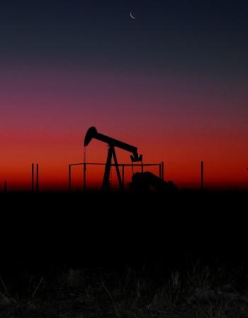 След санкциите срещу Иран – скок в цената на петрола