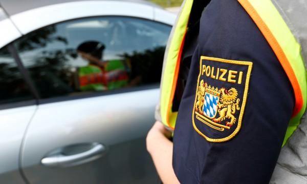 Германия е ужасена! Майка предлага сина си за секс