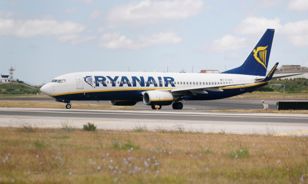 Пореден протест: Ryanair отмени 4 полета от и до София