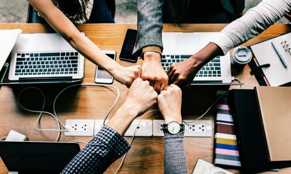 Ефективност: Ако служителите избират къде и как да работят