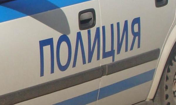 Пиян мъж нападна с метален стол друг в Новозагорско