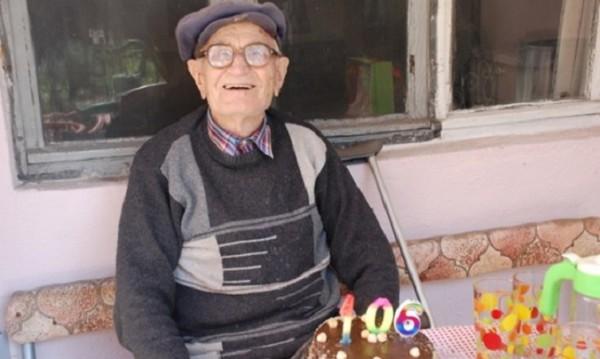Ракия не близвам, сръбвам биричка... Дядо Неделчо – най-старият българин!