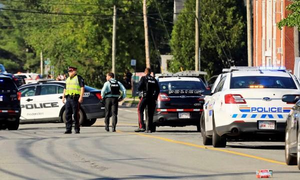 Полицаи сред загиналите при стрелба в Канада