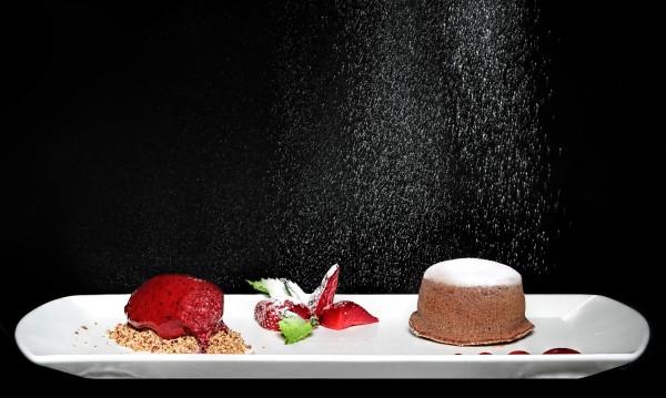 Рецептата Dnes: Шоколадов кейк със синьо сирене