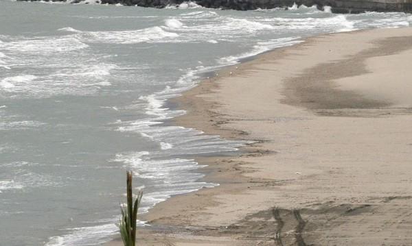 15-годишно момче – спасено от удавяне в Бургас