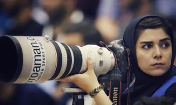 Футболът през женския обектив – невъзможната мечта в Иран
