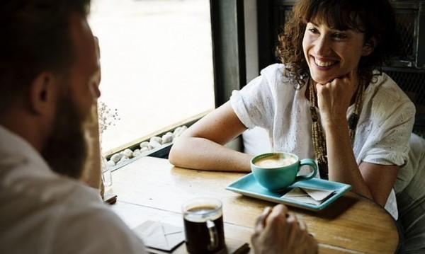 Интровертите – тези майстори на любовните срещи