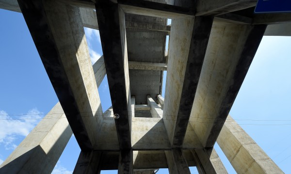 Тревожно: 840 моста във Франция застрашени от срутване