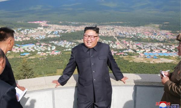 Размразяване: Северна Корея събра разделени семейства