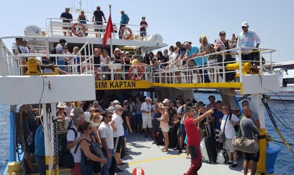 Бол туристи в Турция! Цените на храни и напитки скочиха