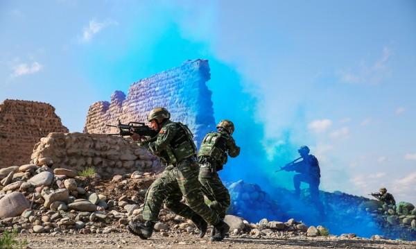 Китай отрече, че строи военна база в Афганистан