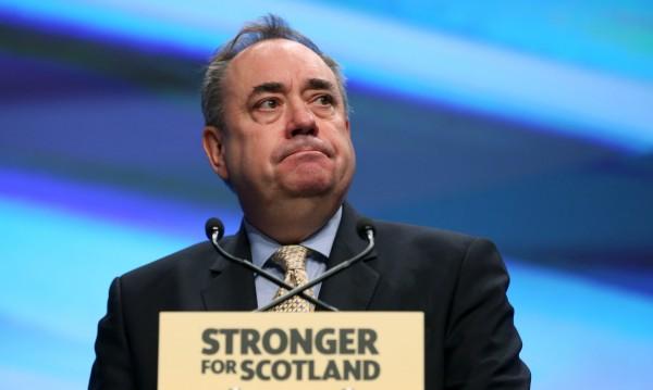 Бивш шотландски лидер обвинен в сексуален тормоз