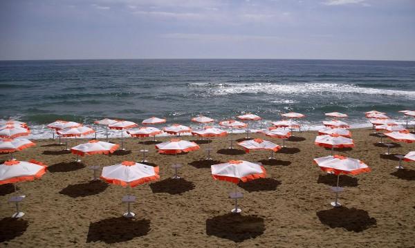 Спасители на плажа на Слънчака – до края на септември