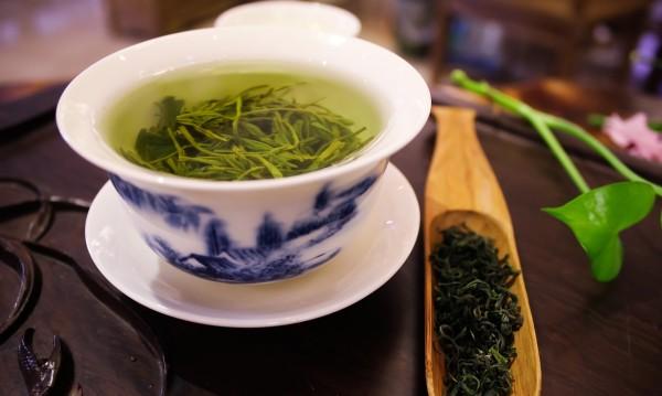 Как зеленият чай прави кожата по-красива и здрава?