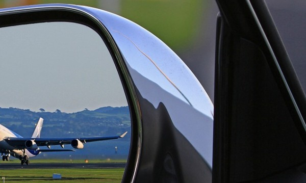 "Самолет ""Чесна"" – в тревата на Летище Бургас"