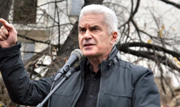 Сидеров с решение на проблема: Оставка на Валери Симеонов!