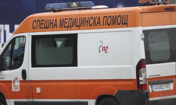 Майка с количка блъсната от автобус във Варна