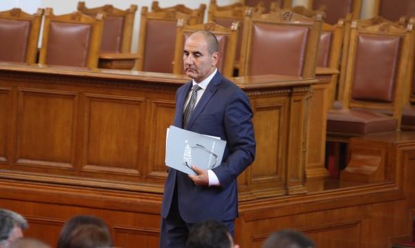 Цветанов: Продължаваме да управляваме... Да изведем България над всичко!