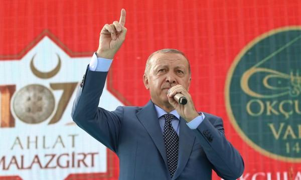 Ердоган предупреди: Атака срещу Идлиб ще е клане!