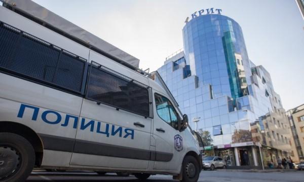 Братът на съпругата на Миню Стайков в ареста, издирват сина му