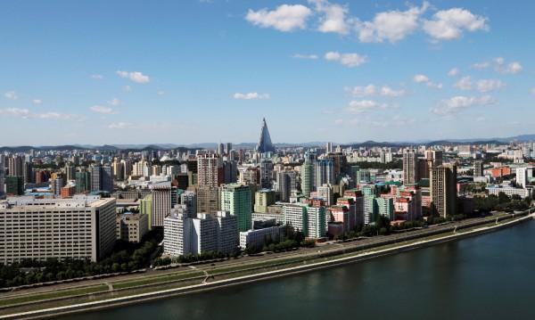 70 години КНДР: Ким събира пари и представя нов имидж