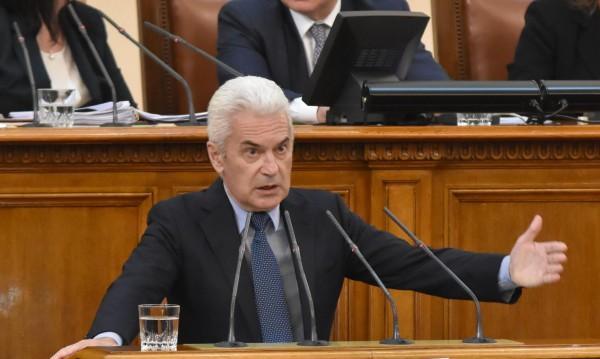 Сидеров би сменил всички министри, ако бил на мястото на Борисов