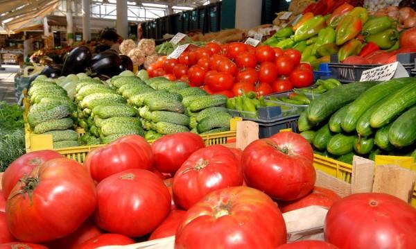 Време е за туршия - чушките и доматите поевтиняват