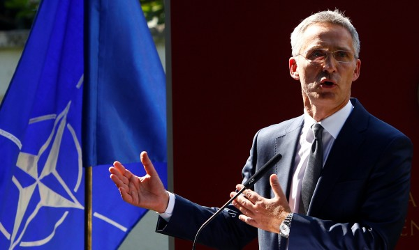 Столтенберг: Протоколът за Скопие в НАТО – до средата на 2019 г.