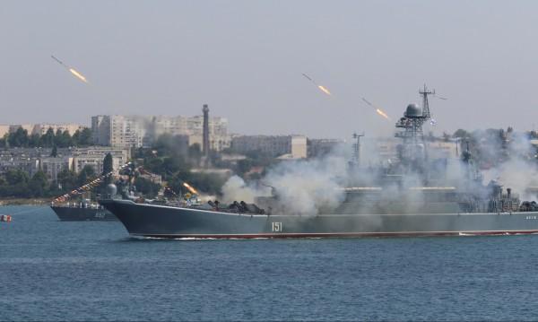 Русия-Украйна: Студената война в Азовско море става гореща