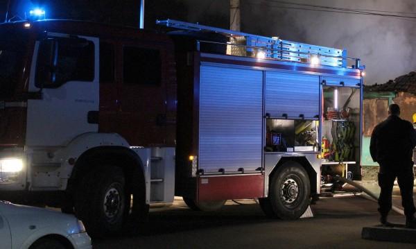 Военни спасиха мъж от горяща къща в Кюстендилско