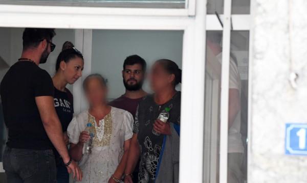 Освободиха родните ромки, вандалствали в Атина