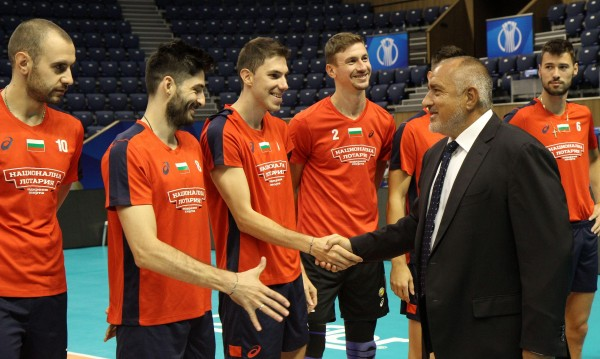 """Борисов доволен от """"лъвовете"""": Мисли за нов стадион"""