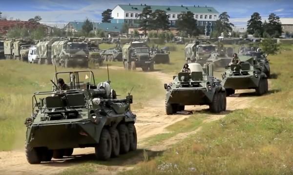 НАТО: Русия се готви за голям конфликт!